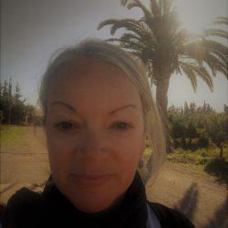 Linda Brumfitt Walking with Nomads