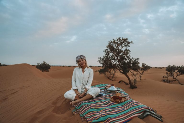 how to experience the real sahara desert picnic time